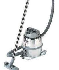 Nilfisk GM80B Compact Industrial Vacuum Cleaner (GM80B)